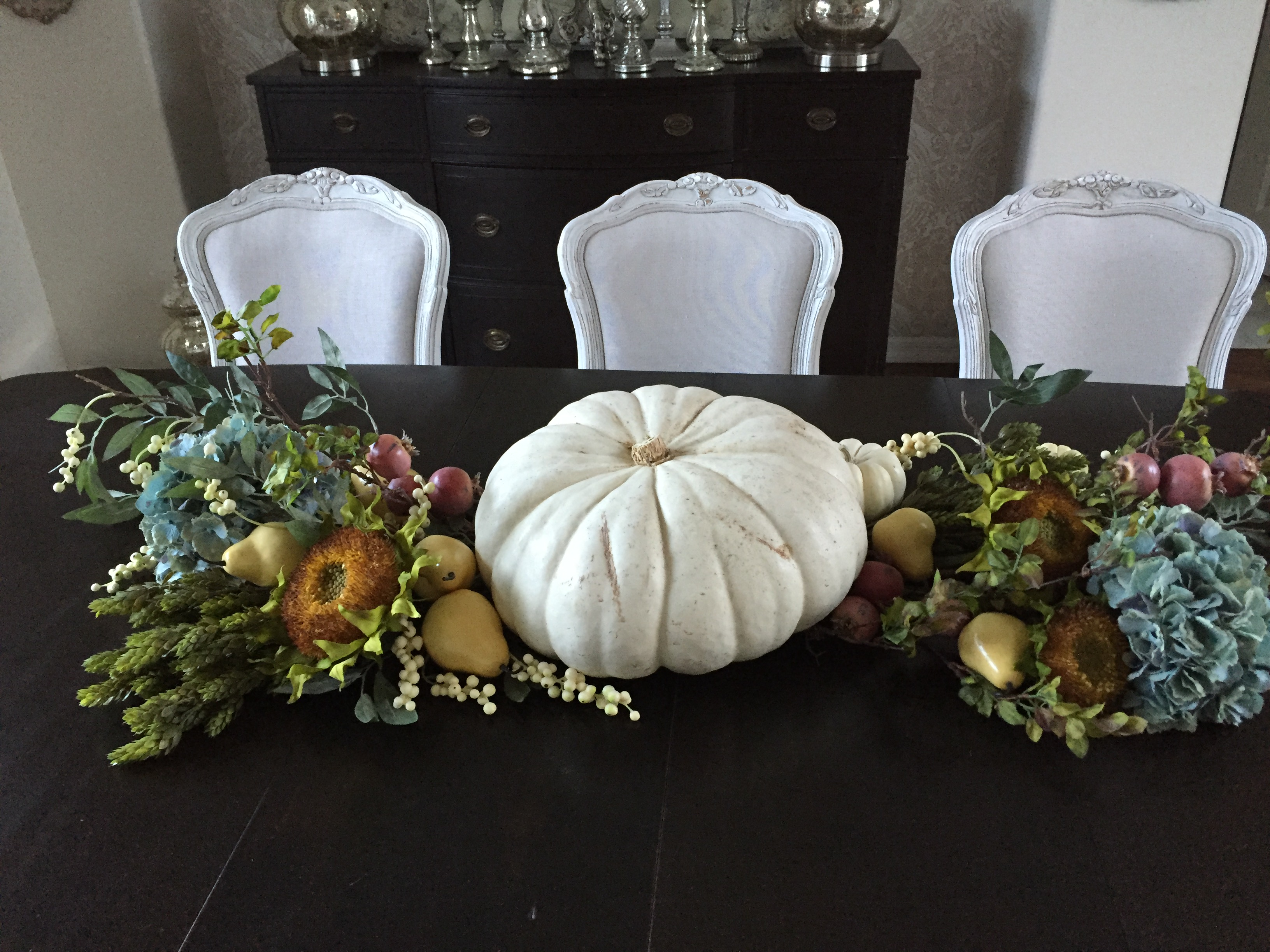 simple thanksgiving tablescape faux flowers white pumpkin