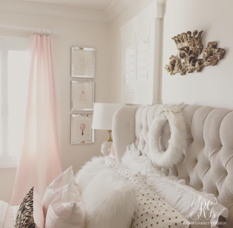 Pink and gold little girls room decorated for Christmas with leopard and white fur