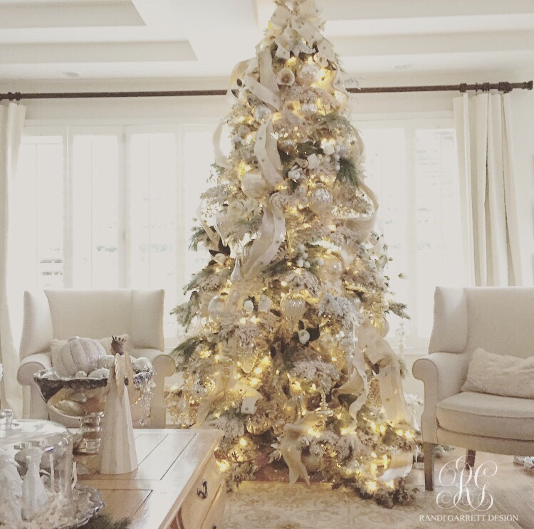 elegant white christmas tree with mercury glass ornaments - Elegant White Christmas Decorations