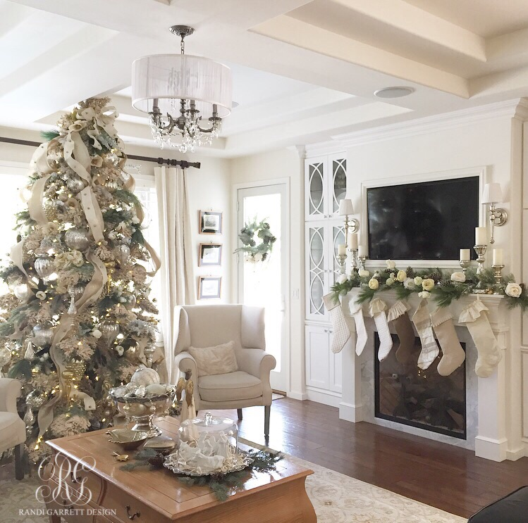 Christmas Tree Family Rooms