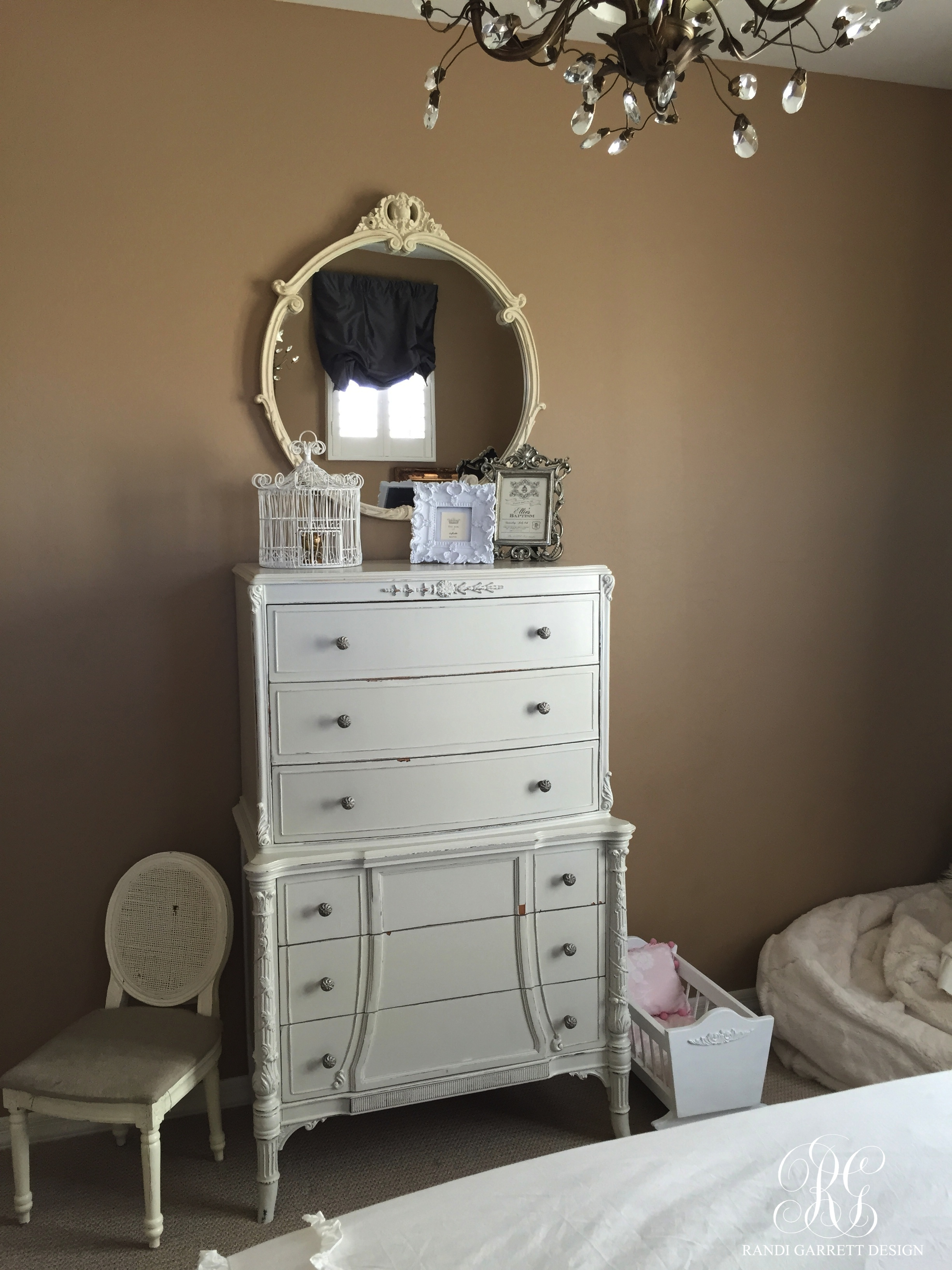 Gray tween bedroom