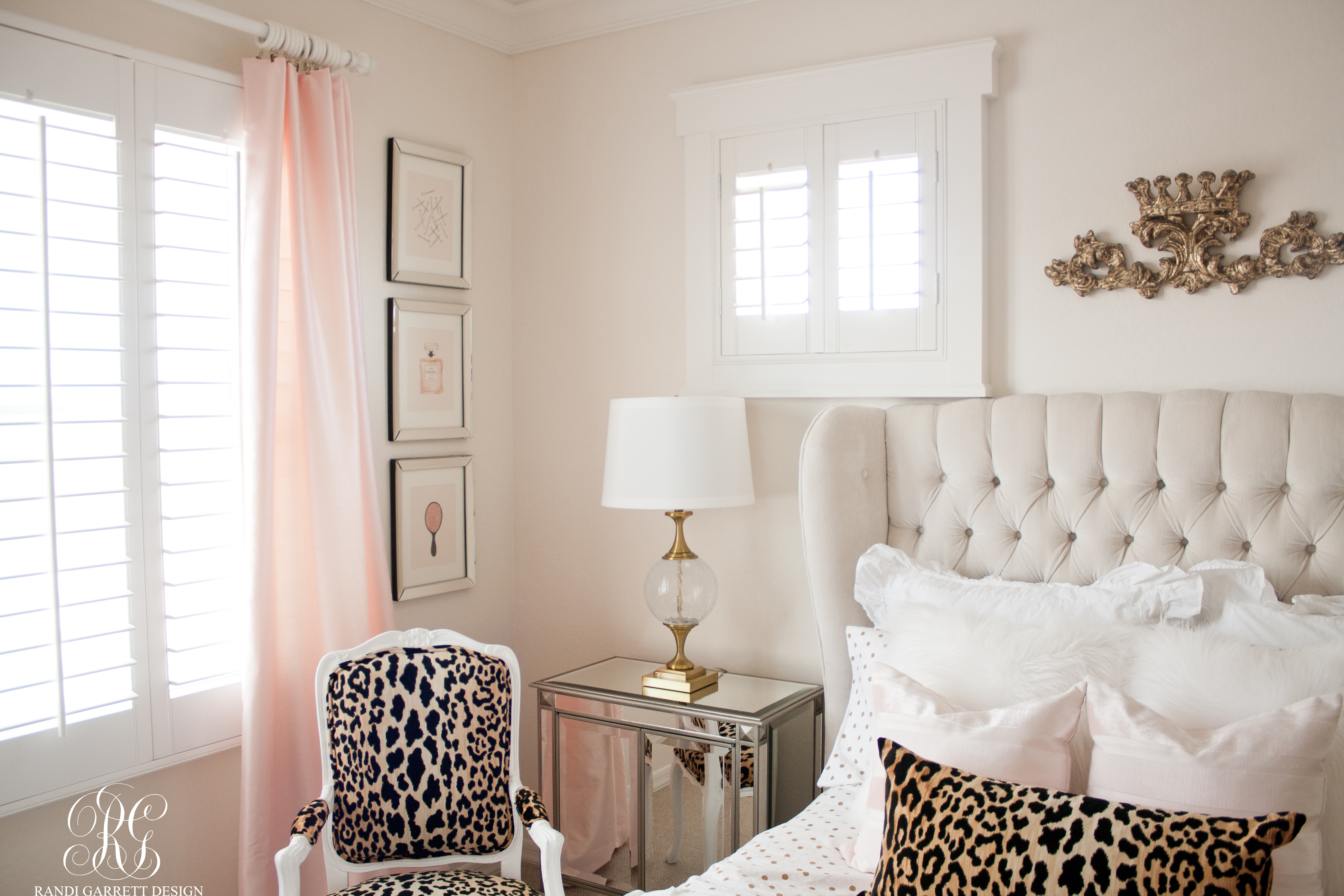 Pink and gold tween room with leopard chair