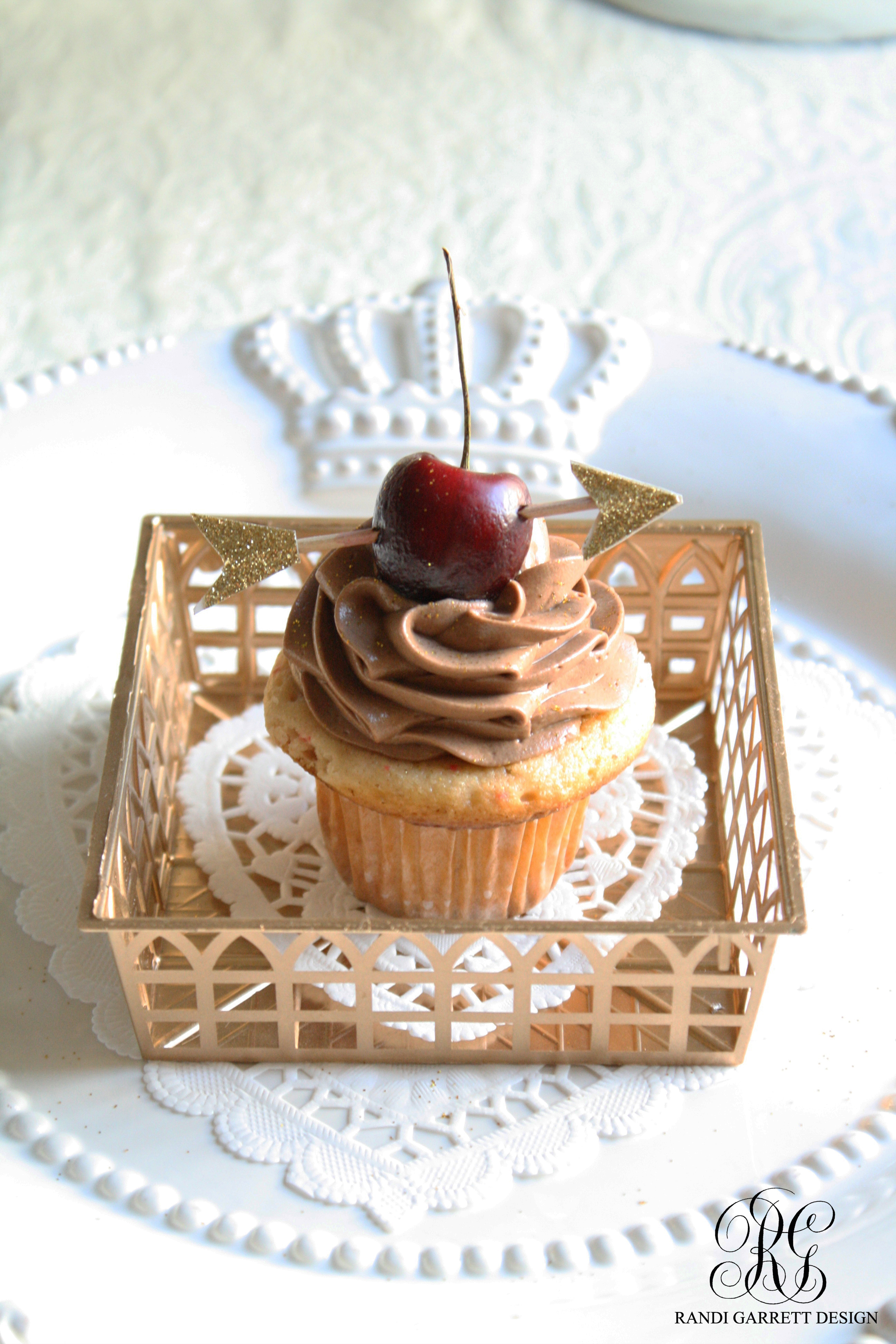 Chocolate Cherry Valentine Cupcakes and Tablescape