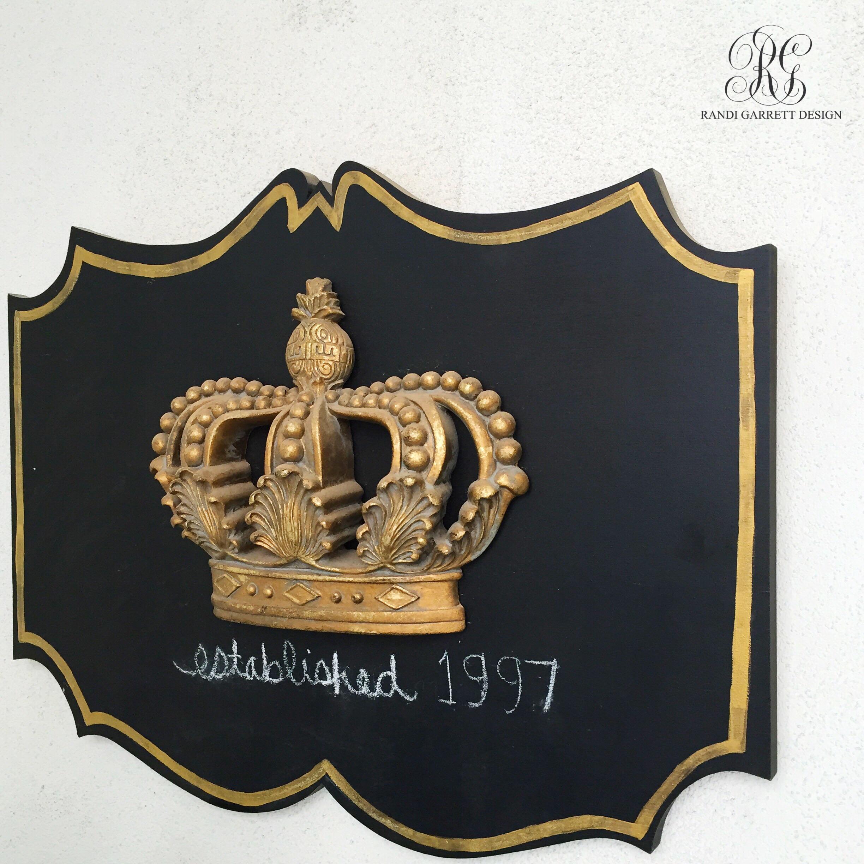 front door welcome plaque by Randi Garrett Design