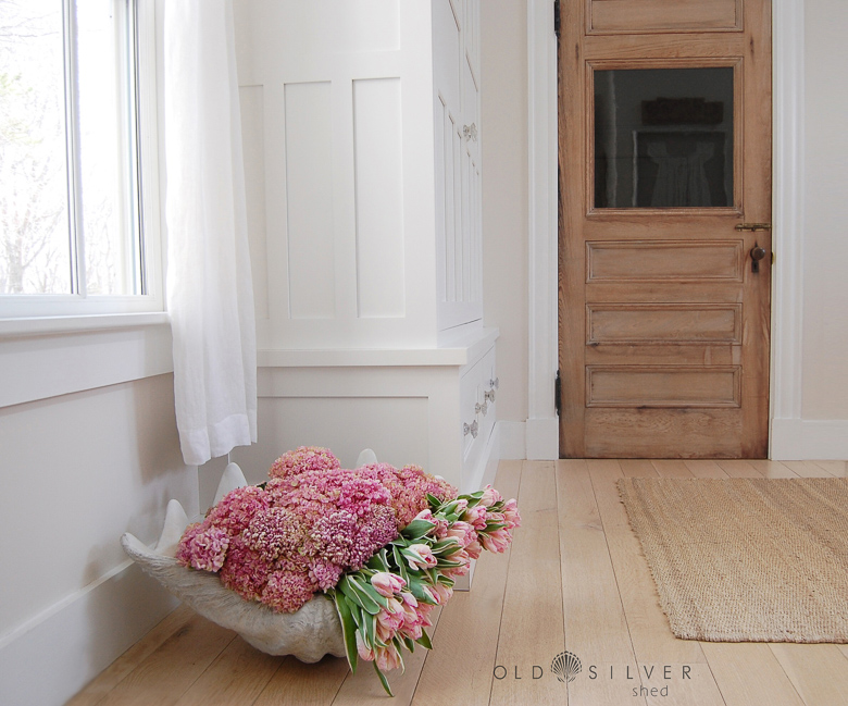 Old Silver Shed 15 ways to style a white vase