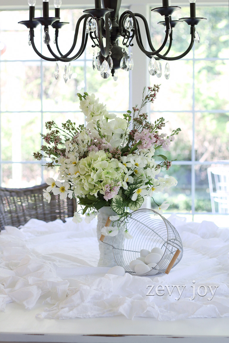 Ways to style a white vase featuring Anne from Zevy Joy