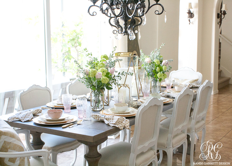 Mothe'rs Day table and brunch by Randi Garrett Design
