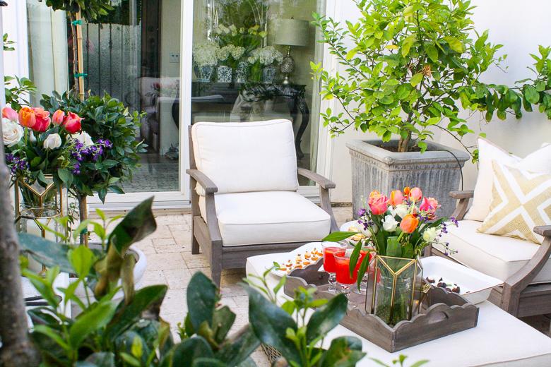 Elegant outdoor summer dinner party by Randi Garrett Design