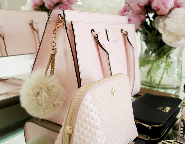 Fur purse pouf