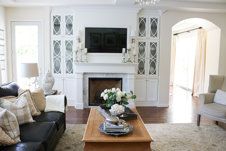 Fireplace with builtins