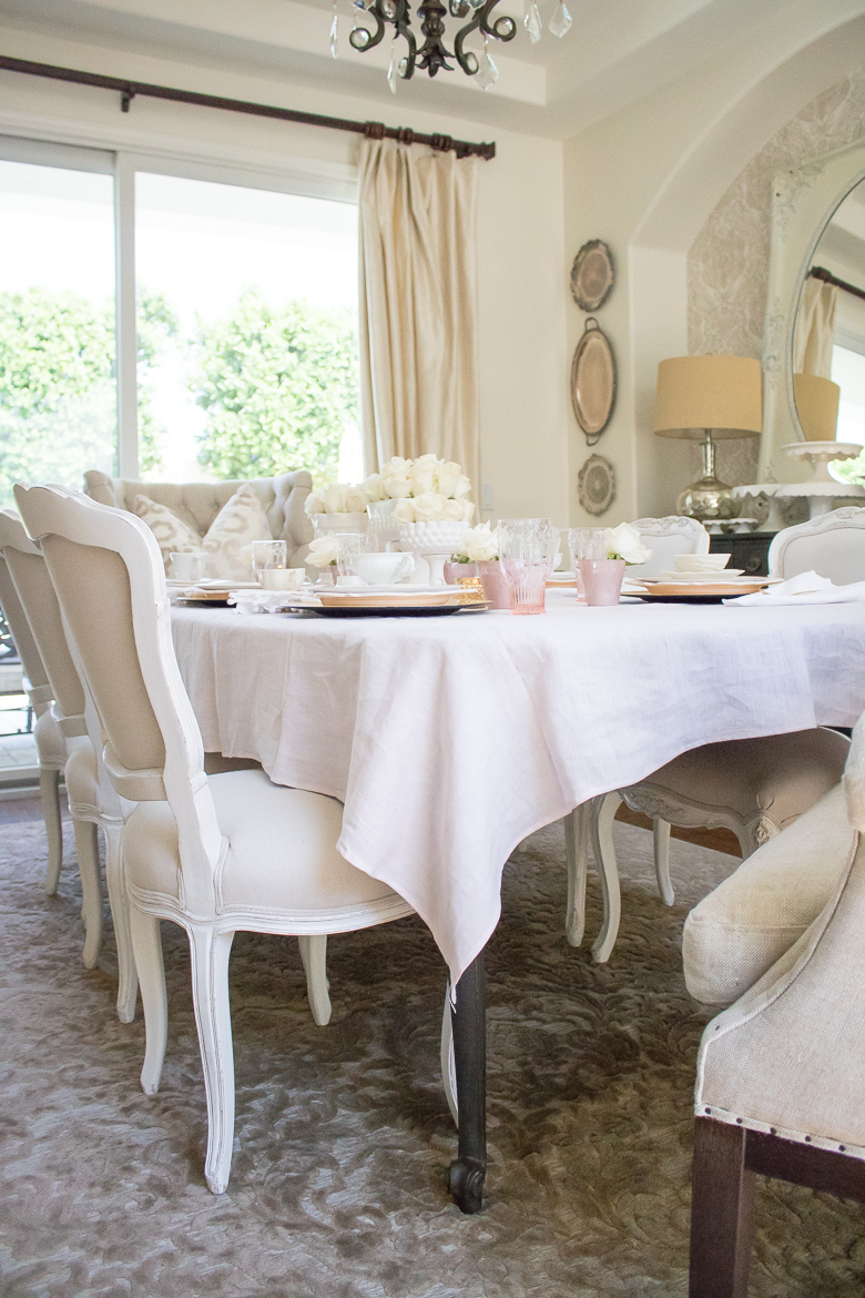How to host a bake group, pink and gold tablescape