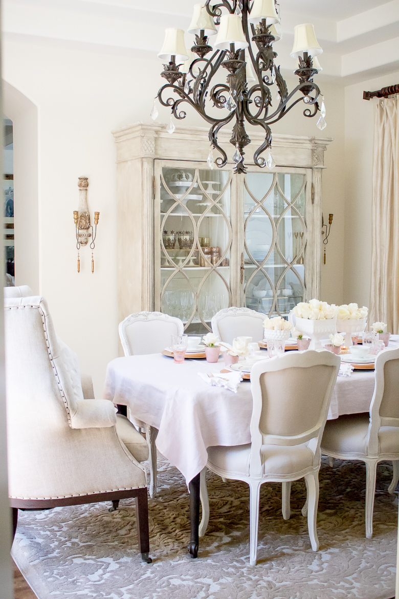 How to host a bake group with a pink and gold tablescape