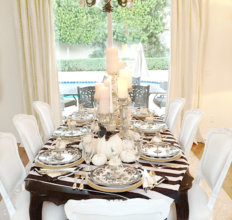 black-and-white-elegant-halloween-table