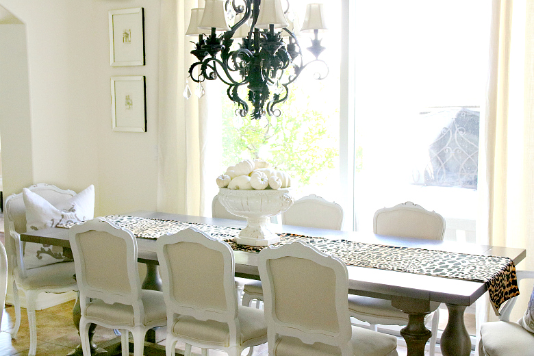 fall-kitchen-table-with-leopard