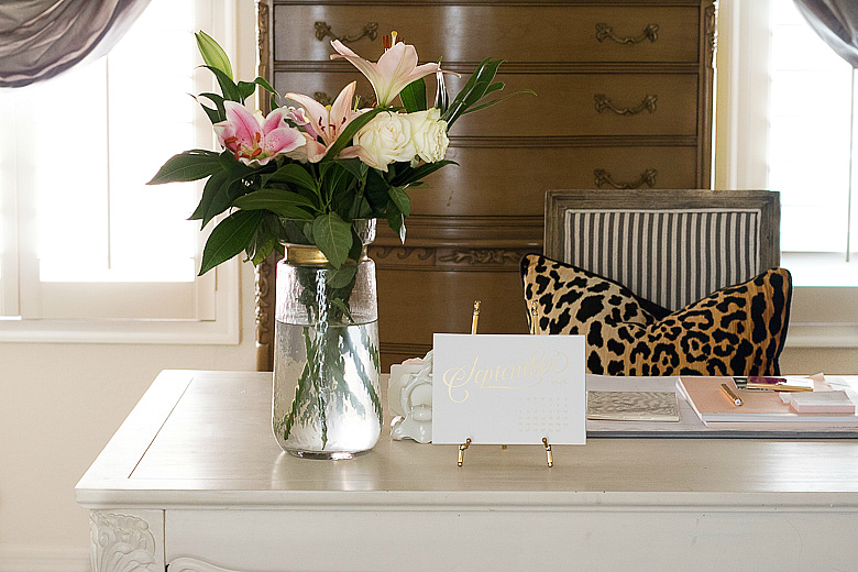 fall-office-with-leopard-pillow