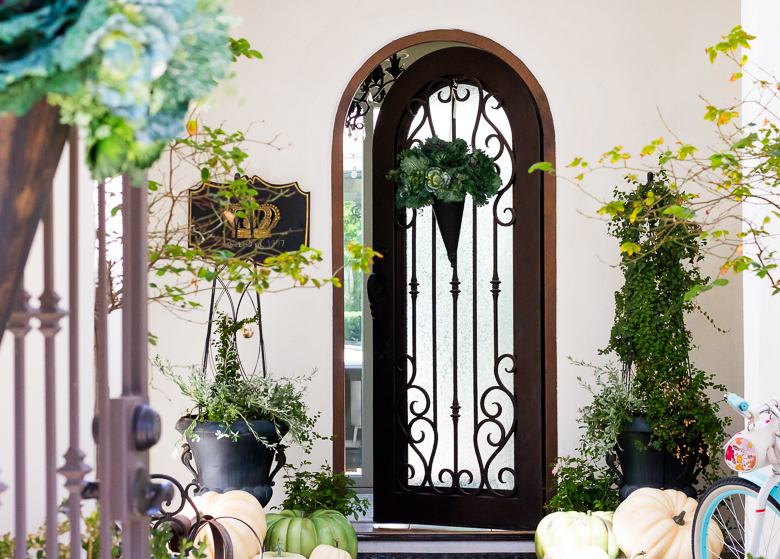 Gorgeous Fall Porch and Patio Inspiration