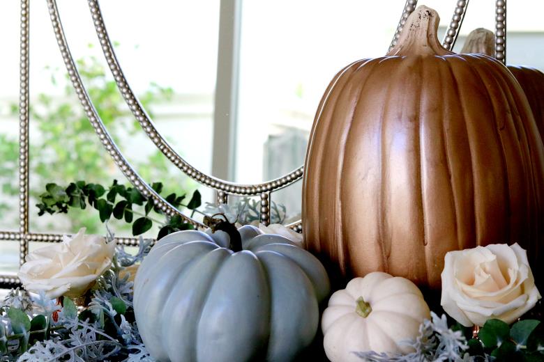 rose-gold-pumpkin-arrangement