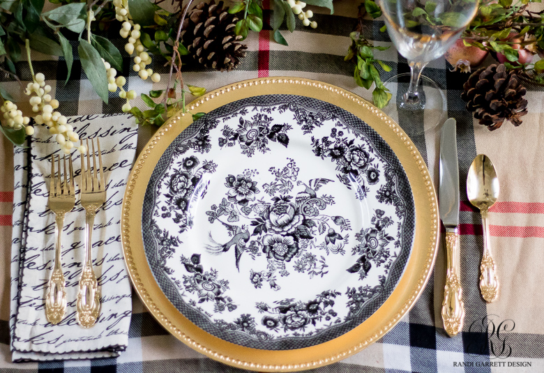 burberry-inspired-thanksgiving-place-setting