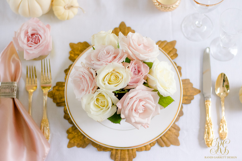 elegant-pink-and-gold-thanksgiving-plade-setting