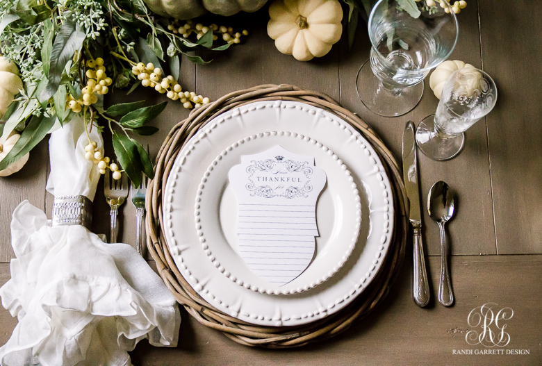 elegant-thanksgiving-place-setting
