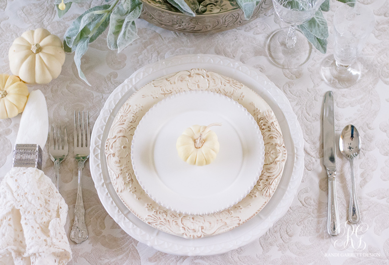 Easy and elegant place setting ideas for the best