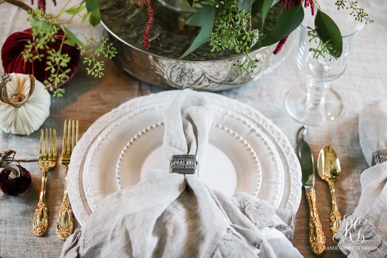 traditional-thanksgiving-place-setting