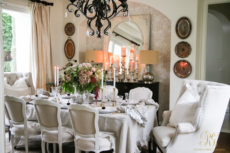 traditional-thanksgiving-table-pom-pom-at-home-linens