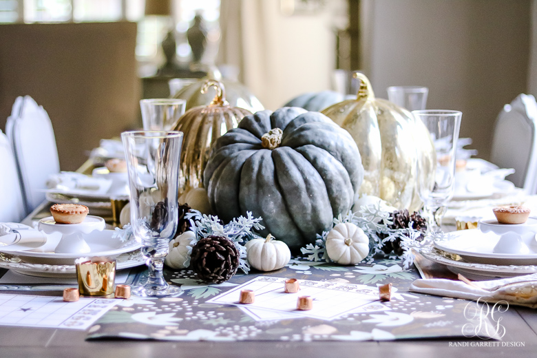 childrens-thanksgiving-table-for-the-design-savvy-mom