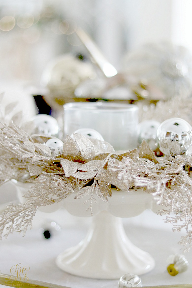 candle-with-christmas-wreath