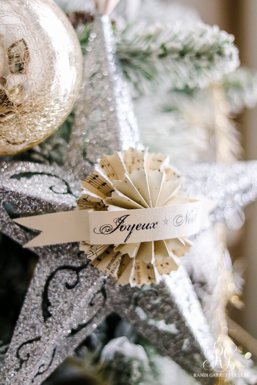 chirstmas-home-tour-christmas-tree-details