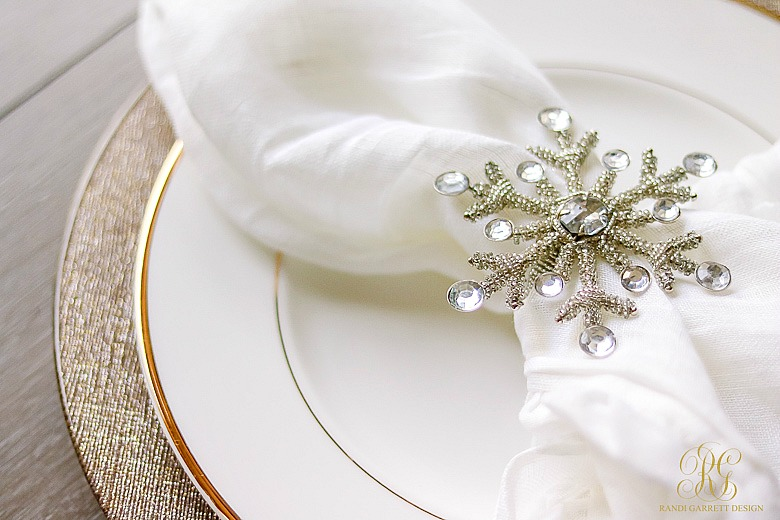 christmas-home-tour-kitchen-christmas-place-setting-snowflake-napkin-ring