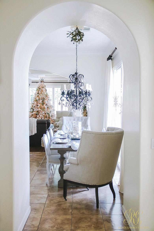 christmas-home-tour-elegant-kitchen-christmas-tree