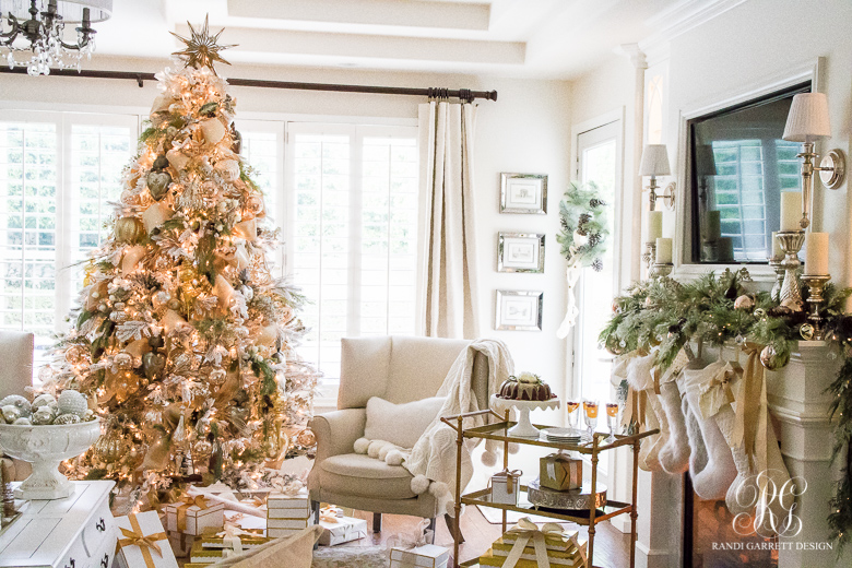 christmas-progressive-dinner-moms-cranberry-bundt-cake-orange-glaze