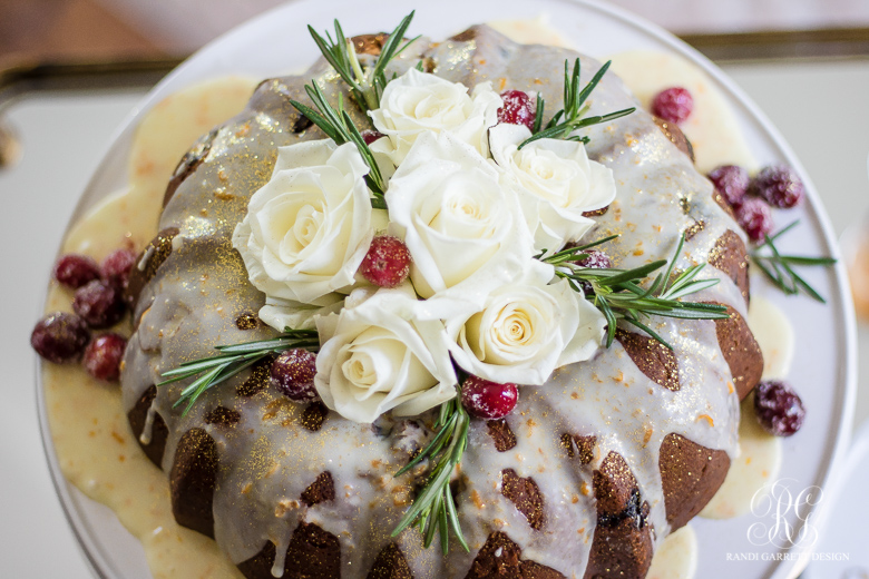 cranberry-bundt-cake-recipe -fresh-roses