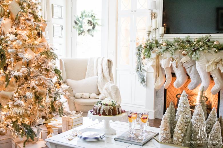 easy-elegant-christmas-dessert-cranberry-bundt-cake
