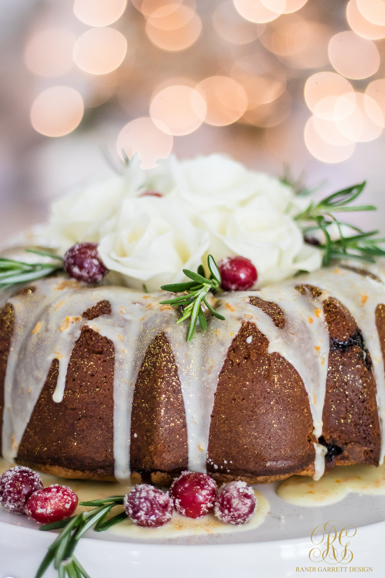 elegant-christmas-cake-cranberry-orange