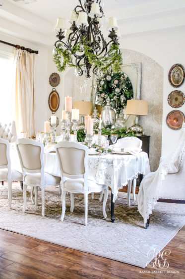 elegant-christmas-dining-room_