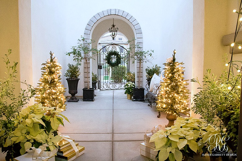 elegant-gold-and-silver-christmas-porch