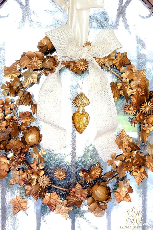 elegant-gold-christmas-wreath