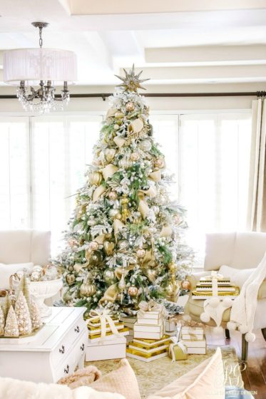 gold-and-silver-flocked-elegant-christmas-tree