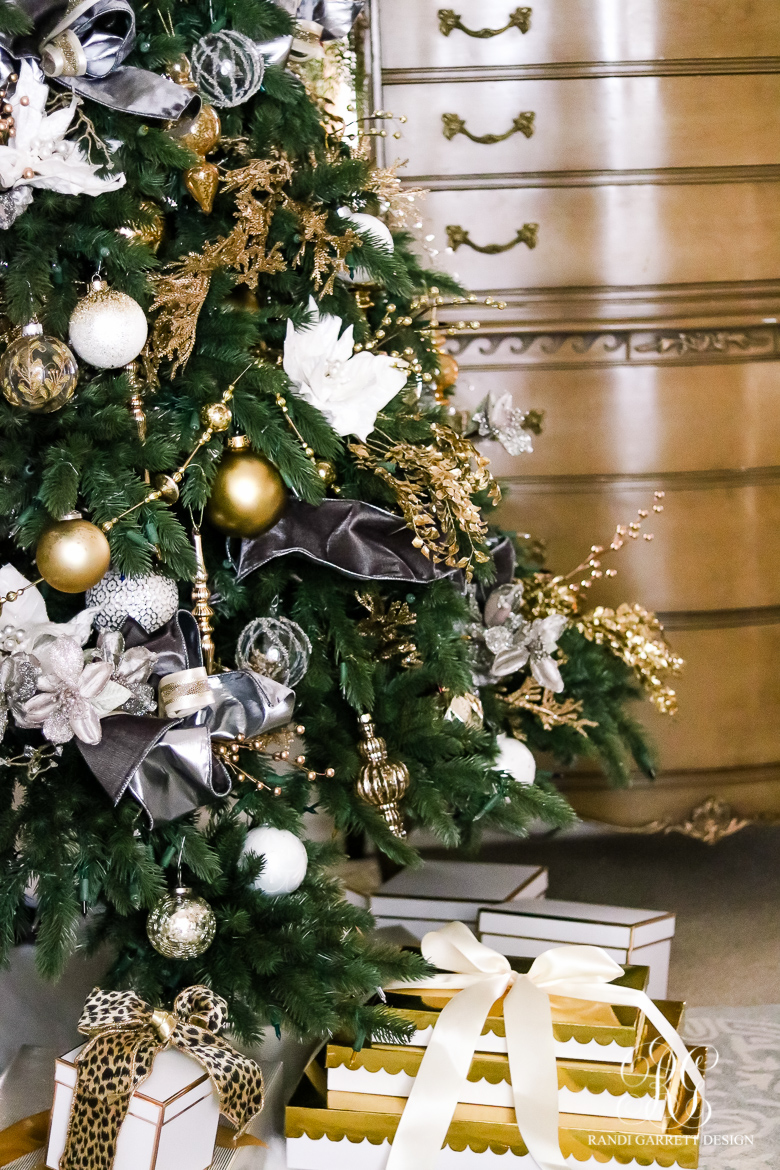 gray-and-gold-christmas-tree-randi-garrett-design
