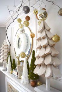 hansen-haven-christmas-fireplace-mantel
