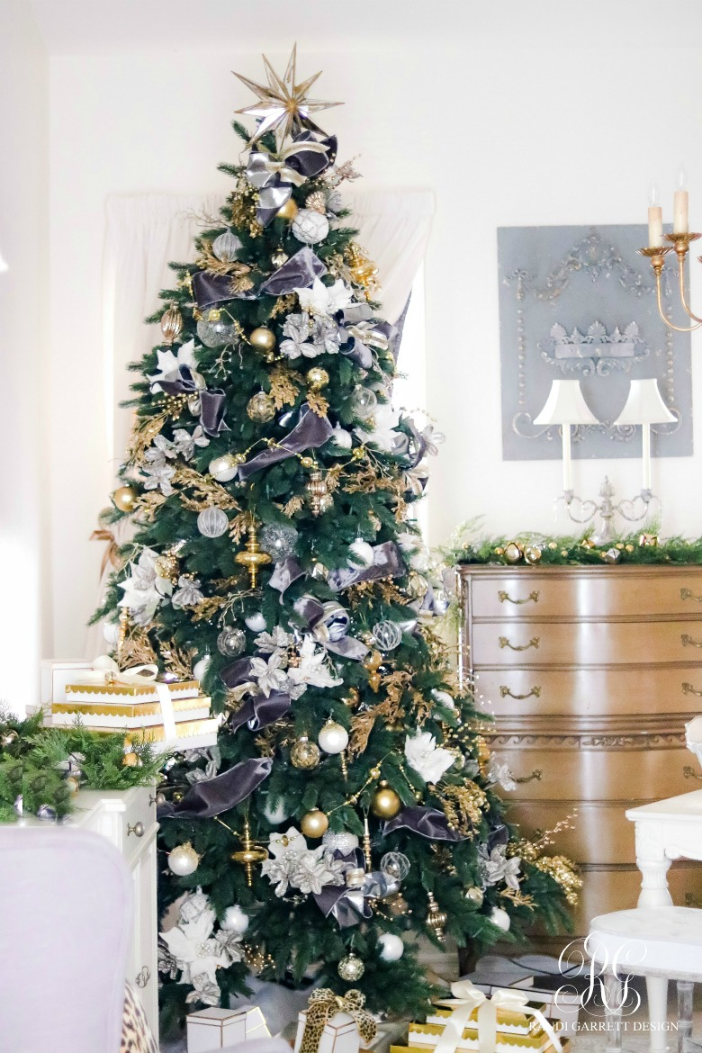 white-gold-gray-velvet-christmas-tree