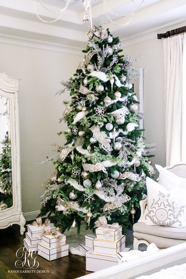 Parade Of Christmas Trees 2016 Featuring Balsam Hill