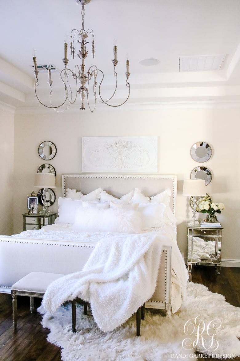 Luxury White Hotel Bedding