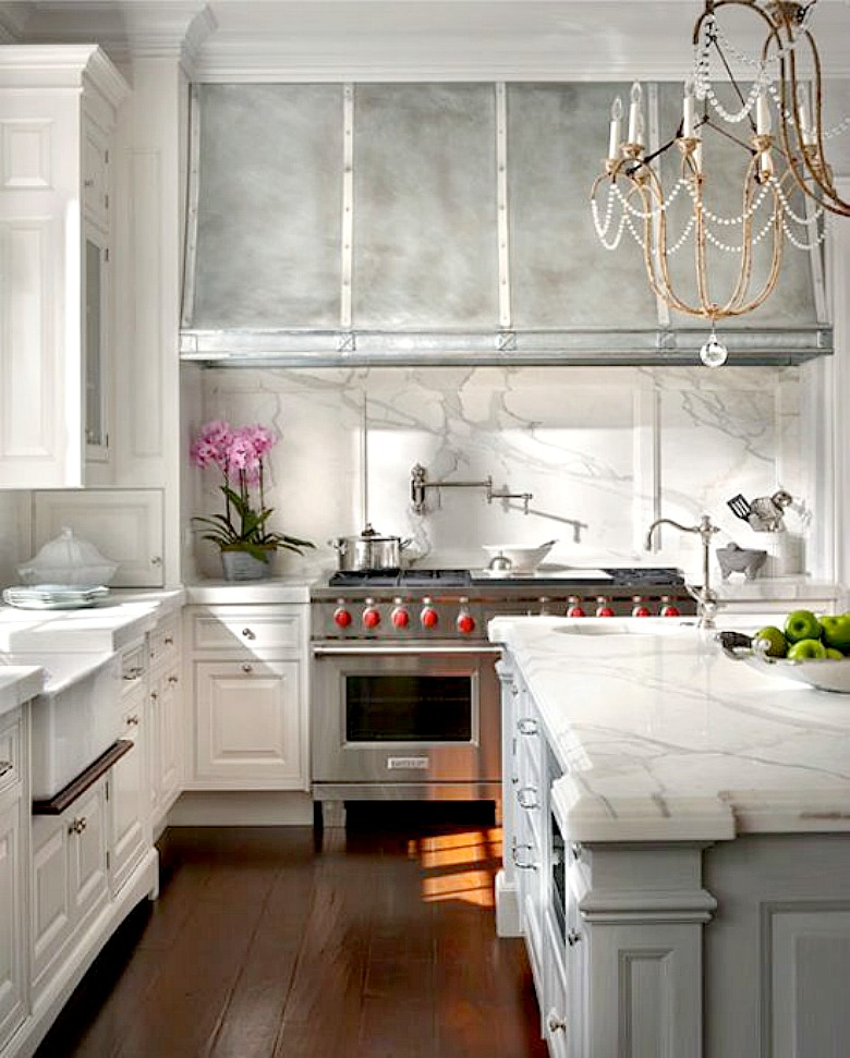 The Island And Cabinet Layout Really Caught My Eye I Kept Going Back To These Photos Over Designer Took A Few Of Ideas
