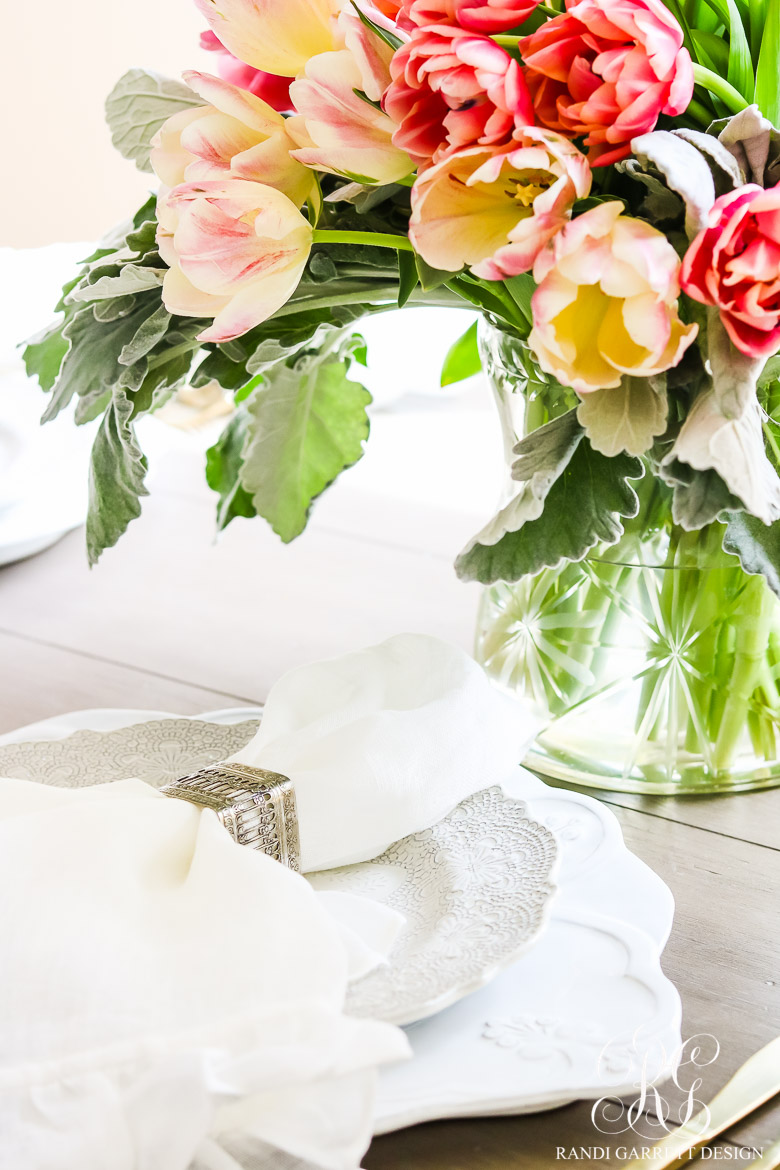 Beautiful spring entertaining ideas with fresh flowers and mini bouquets keeping your plates all white will help keep your table feeling airy and wont take away from your gorgeous spring flowers my favorite plates from arte izmirmasajfo Gallery