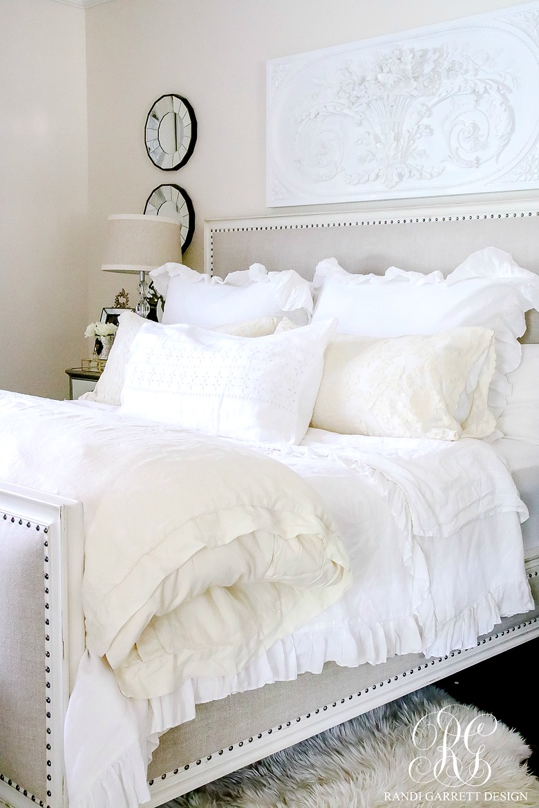 How to decorate with ruffles