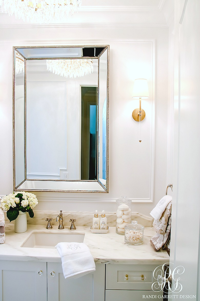 5 Stylish ways to Make your Bathroom Feel Custom