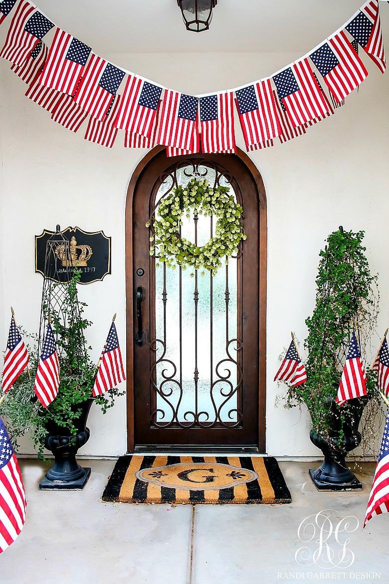 30 Tips for Summer Decorating